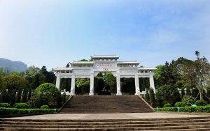 烈士陵园:传承红色文化的载体